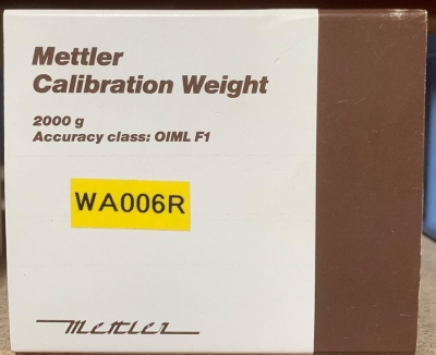 CALIBRATION WEIGHT 1'000 g.   +/- 10 mg.